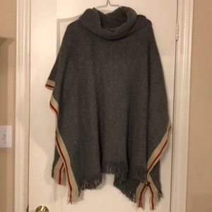 Roots Cabin Collection Poncho